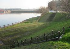 湖展望広場